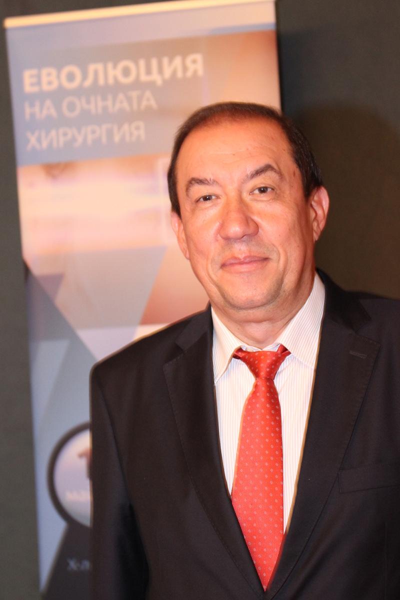 Пациенти предлагат д-р Димитър Тасков за Почетен гражданин на Пловдив